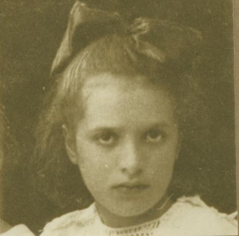 Esphyr Slobodkina at age 6.