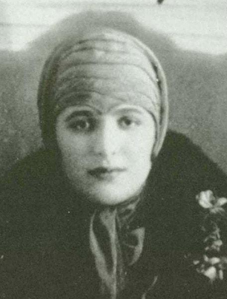 Slobodkina around age 19-21.
